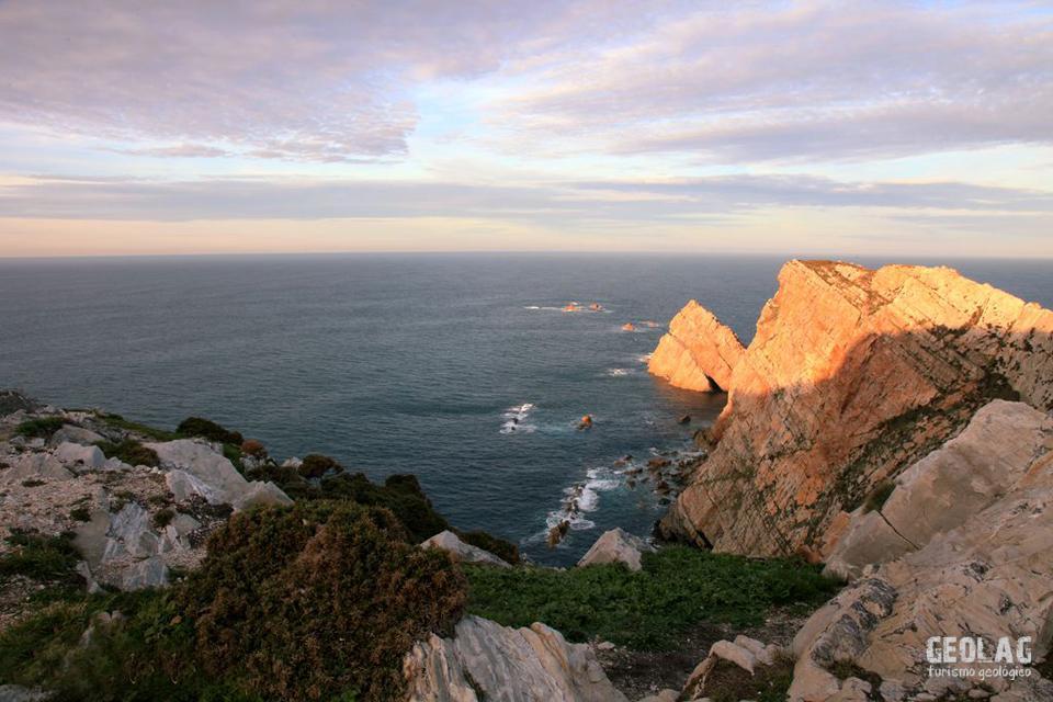 CABO PEÑAS. Un libro abierto a la Geología
